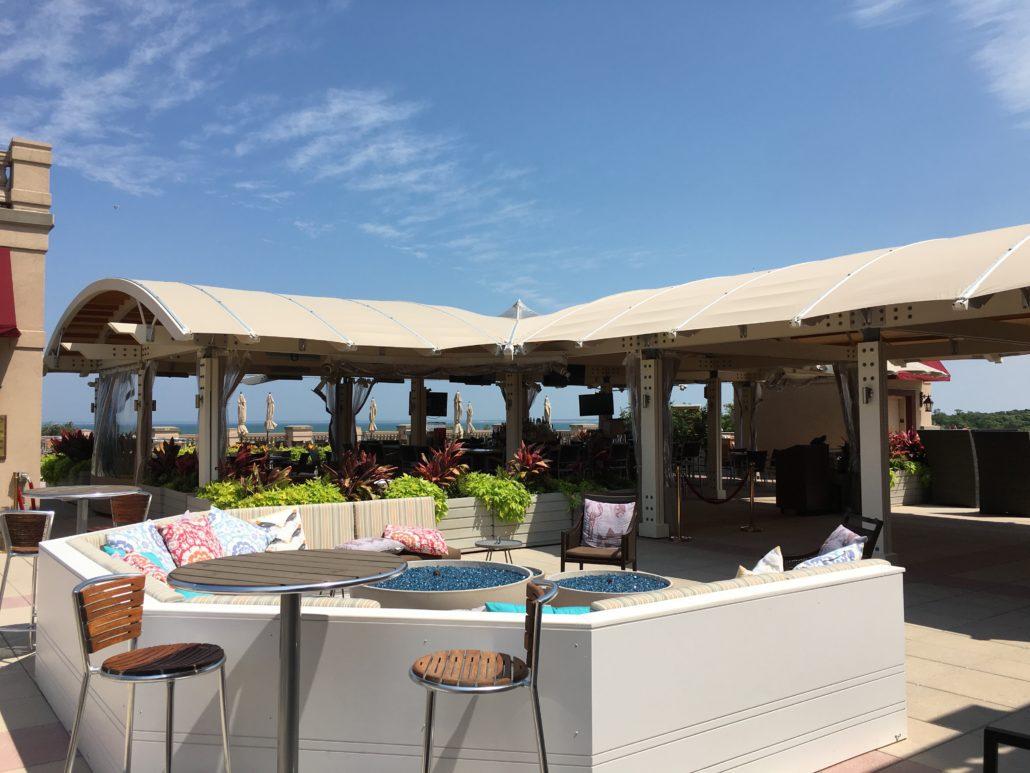Restaurants bars at ocean edge in brewster for Restaurant with terrace