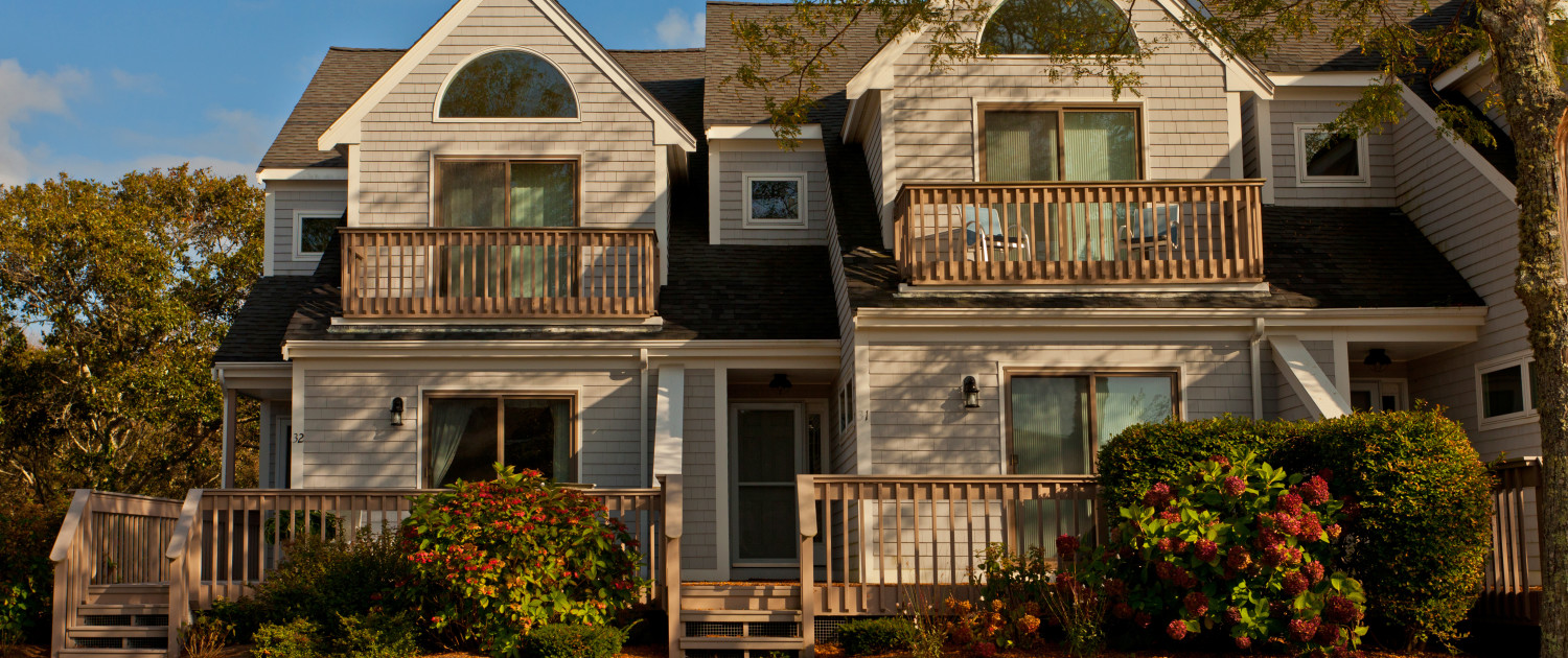 Ocean edge luxury townhouses brewster cape cod for Luxury townhomes for sale